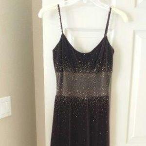Chalet velvet maxi dress